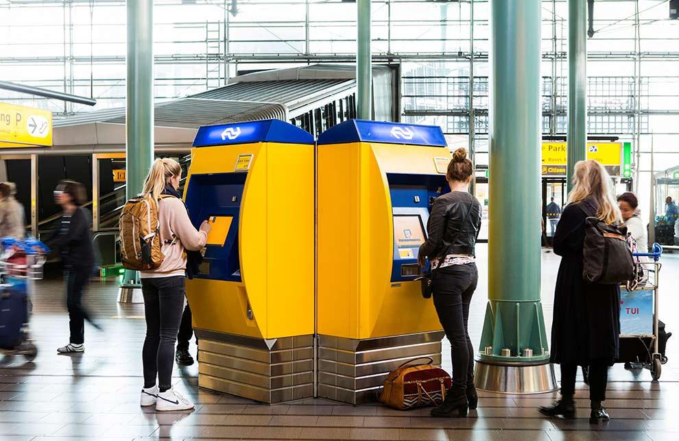 viajar en tren desde el aeropuerto de Schiphol