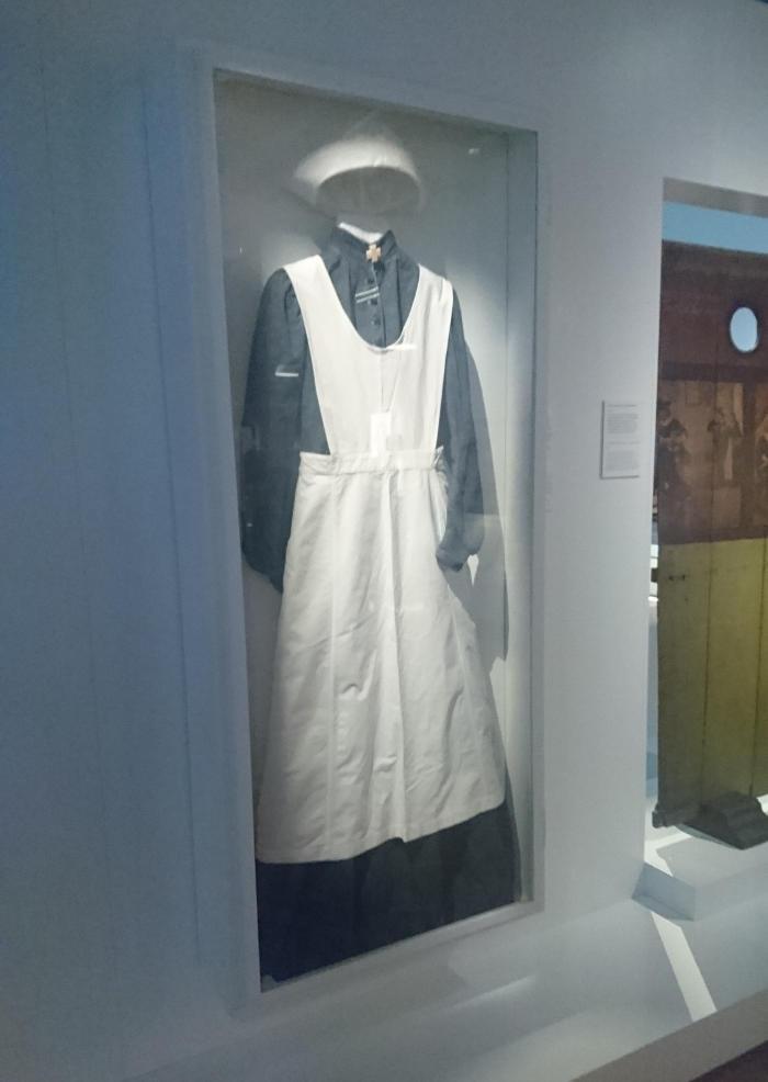 uniforme de enfermera mueso leiden